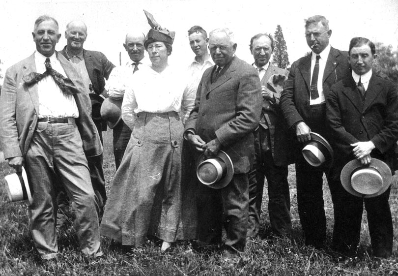 Wes Gibbons 3rd from left -- Walter Gibbons 5th from left